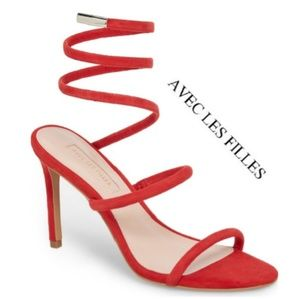 Sultry Red Avec Les Filles Heels